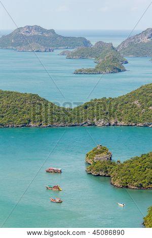 Marine Park: Tourist Boat At Angthong Marine National Park Viewpoint