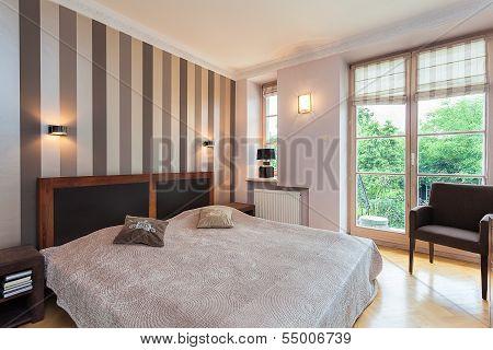 Vintage Mansion - Bed
