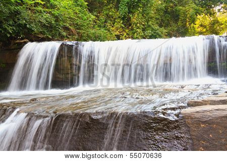 Than Thaong waterfall