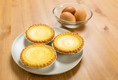 Egg tart and eggs