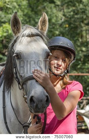 Young girl with white horse, a great friendship