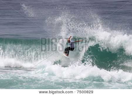 Action surfer