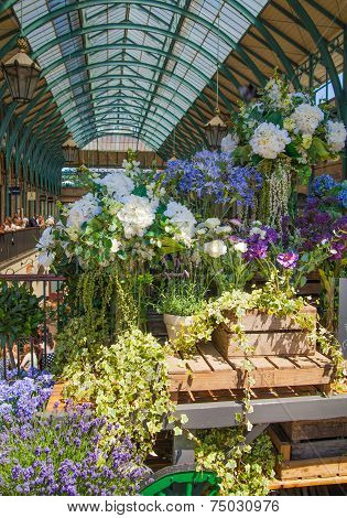 LONDON, UK - 22 JULY, 2014: Flower shop in Covent Garden market