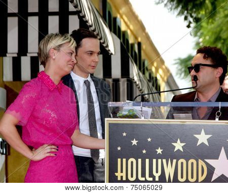 LOS ANGELES - OCT 29:  Kaley Cuoco, Jim Parsons, Johnny Galecki at the Kaley Cuoco Honored With Star On The Hollywood Walk Of Fame at the Hollywood Blvd. on October 29, 2014 in Los Angeles, CA