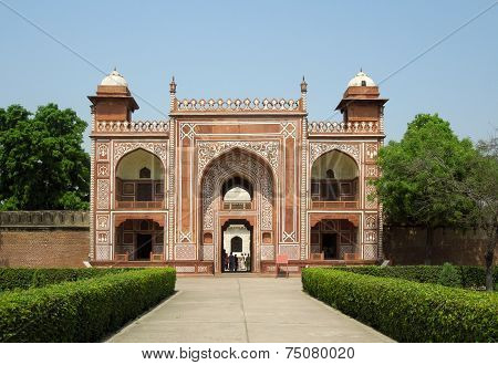 Gate At The Tomb Of Itimad-ud-daulah