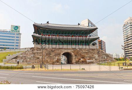 Sungnyemun (namdaemun) Gate (1398) In Seoul, Korea