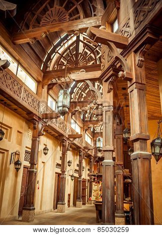 DUBAI, UAE - JANUARY 31: The Madinat Souk at Madinat Jumeirah Hotel on January 31, 2012 in Dubai. The traditional Arabian souk is a shopping paradise.