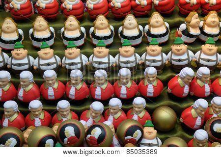 SALZBURG, AUSTRIA - DECEMBER 13: Souvenir shop window, Salzburg, Austria on December 13, 2014.