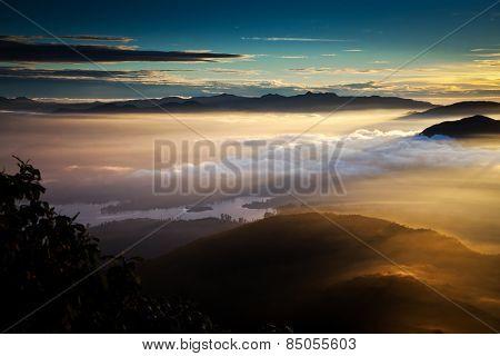Amazing sunrise seen from Sri Pada