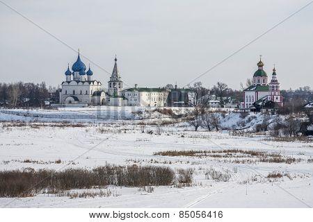 Suzdal Kremlin, winter