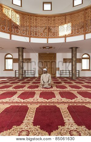 Humble African Muslim Prayer