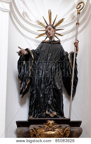 SALZBURG, AUSTRIA - DECEMBER 13: Saint Leonard, Altar in Collegiate church in Salzburg on December 13, 2014.