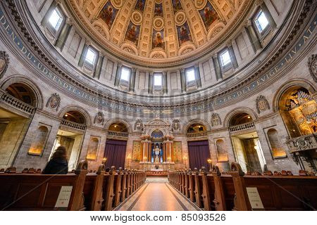 COPENHAGEN, DENMARK - OCTOBER 11, 2013: Frederik's Church interior. Popularly known as The Marble Church, it was completed in 1894.