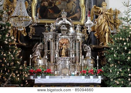 GRAZ, AUSTRIA - JANUARY 10, 2015: Main altar, Mariahilf church in Graz, Styria, Austria on January 10, 2015.