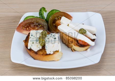 Tapas With Soft Cheese