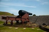 image of cannonball  - cannon pointing towards sea at Fort Moultrie - JPG