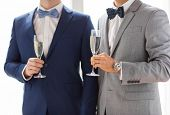 picture of sparkling wine  - people - JPG