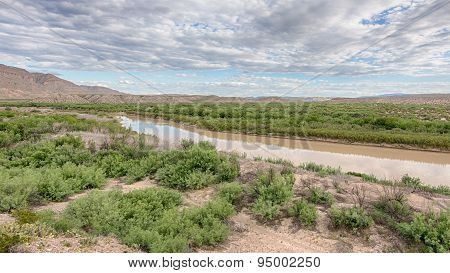 Rio Grande, Sierra Del Carmen Mountains, Big Bend National Park, TX