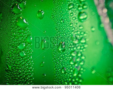 Water droplets on aluminum can