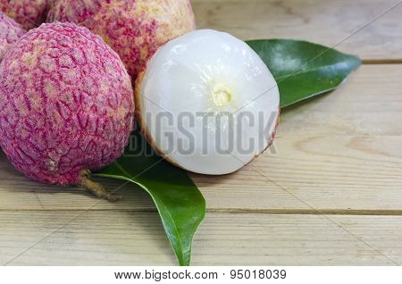 Fresh Lychee With Leave