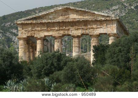 Segesta Greek Temple 1
