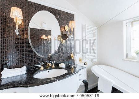Baroque Bathroom In Residence