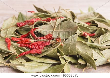 Dry Spices - Red Pepper And Bay Leaf