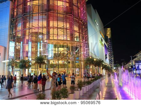 Bangkok night shopping