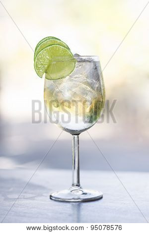 White Port And Tonic Cocktail