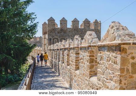 Walking Avila Walls