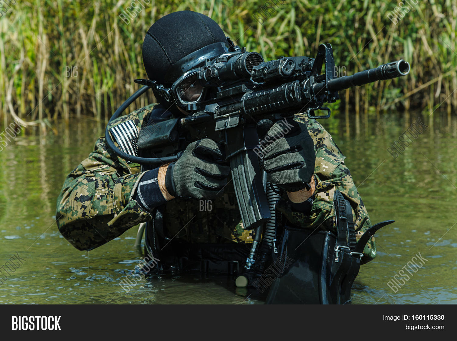 Navy seal frogman with complete diving gear and weapons in the water stock photo stock images - Navy seal dive gear ...
