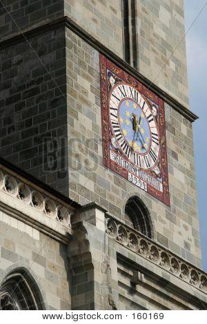 Ceas Biserica Neagra