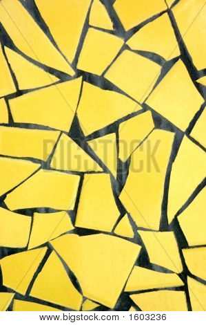 Yellow Pique Assiette Background
