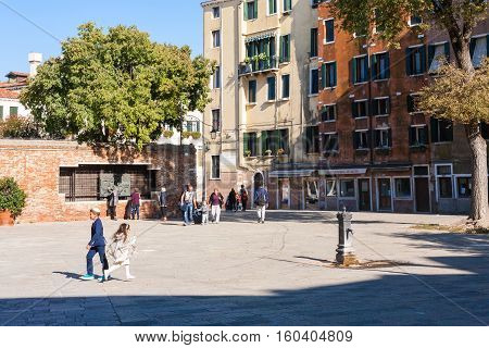 People On Main Square The Venetian Ghetto