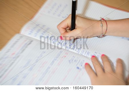 a child do school homework at home