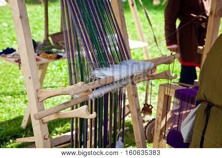 Manual weaving loom machine in ancient times
