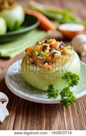 Roasted Kohlrabi Stuffed With Mushrooms, Onion And Carrot