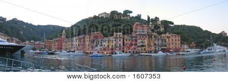 Italian Stylishness City With Its Harbour, Portofino, Italia, Panorama
