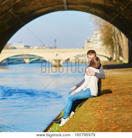 Romantic Dating Loving Couple In Paris