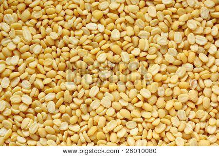 yellow split mung dal ( moong dal )