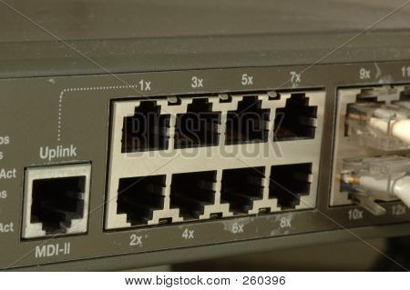 10/100 Fast Ethernet Switch