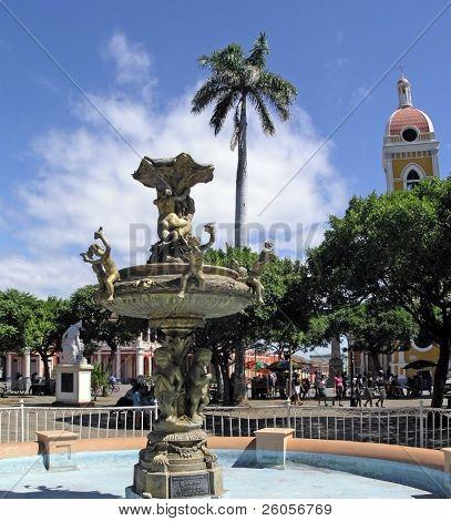 park cerntral  granada nicaragua