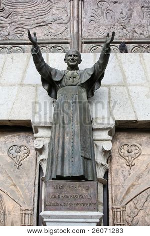 Statue of Pope John Paul II at Basilica del Voto Nacional in Quito, Ecuador