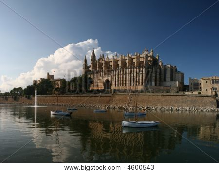 Cathedral La Seu In Palma De Mallorca, Spain