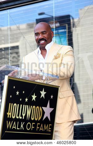 LOS ANGELES - MAY 13:  Steve Harvey at the Steve Harvey Hollywood Walk of Fame Star Ceremony at the W Hollywood Hotel  on May 13, 2013 in Los Angeles, CA