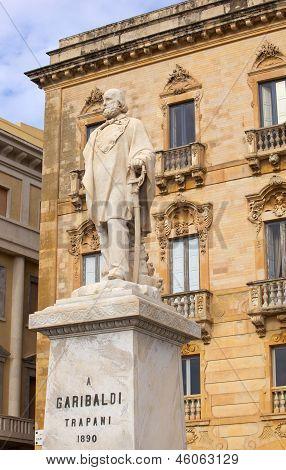 Monumento de Garibaldi, Trapani