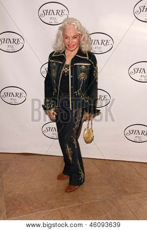 LOS ANGELES - MAY 11:  Lois Aldrin arrives at theSHARE 60th Annual