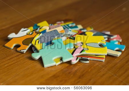 Small Group From Multi-colored Slices Of A Puzzle