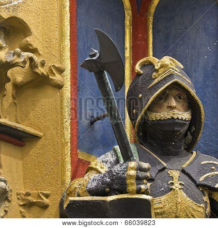 Knight Schulpture