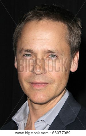Zoey DeutchLOS ANGELES - MAY 31:  Chad Lowe at the
